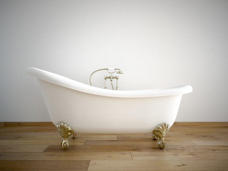 White Free Standing Bath